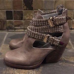 "Jeffrey Campbell ""Vintage"" Ankle Boots Size 6.5"